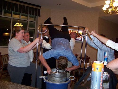 keg-lift-20080620-101446