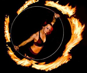 Fire_Gypsy_performing_with_a_fire_hula_hoop