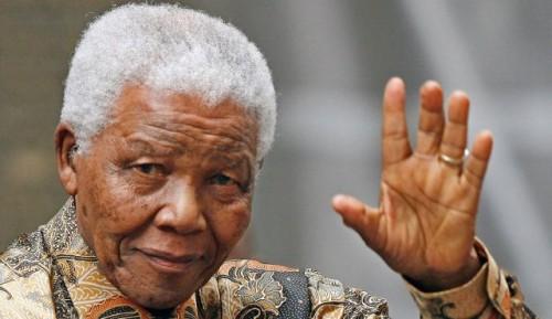 Mandela waving